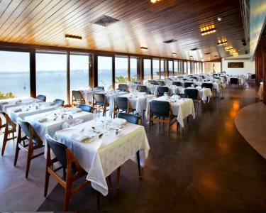 Romance com Vista Oceano! Jantar a Dois c/ Garrafa Vinho | Sesimbra