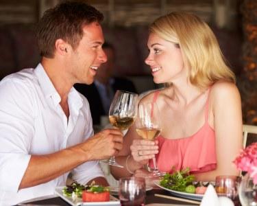 Especial Dia dos Namorados: Menu c/ Champanhe & Garrafa Vinho a Dois
