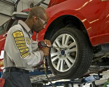 Revisão Automóvel numa das 25 Oficinas Precision | Todo o País!