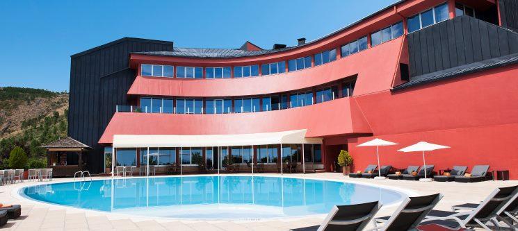 Serra da Estrela & Gastronomia Regional | Noite c/ Jantar no Hotel dos Carqueijais 4*