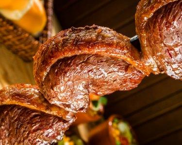 Rodízio Brasileiro de Carnes c/ Buffet Quente e Frio a Dois | Sesimbra