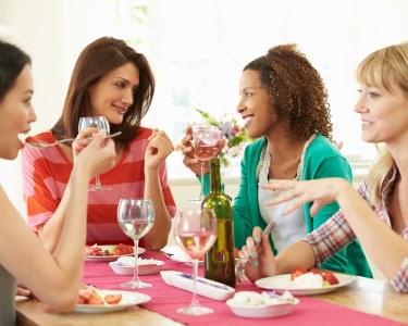 Comemore o Dia da Mulher | Jantar de Grupo c/ Bebida à Discrição