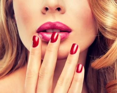 Beleza para Ela: Sessão Manicure c/ Verniz Gel | Centro do Porto