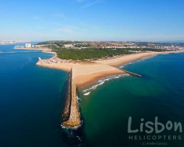 Voo de Helicóptero pelos Céus de Lisboa e Praias da Caparica - Passeio Magnífico!