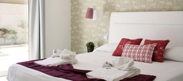Romance em Peniche! 2 ou 3 Noites + 1 Passeio de Barco   Hotel Neptuno