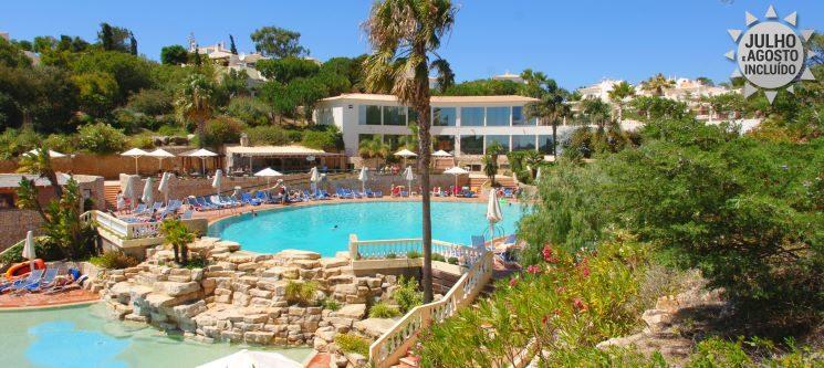 Férias de Sonho no Algarve p/ 4 ou 6 Pessoas | 3 a 7 Noites no Golf Village 4*