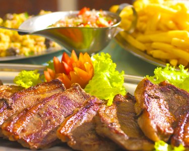 Comer e Repetir - Rodízio de Carnes para Dois no Garphus | Sete Rios