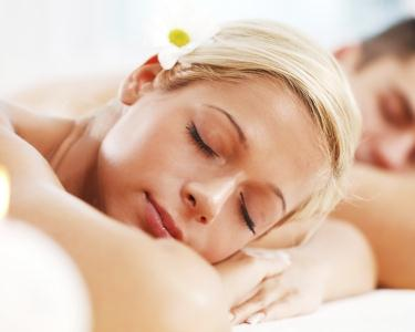 Relax Massage for Two 45 minutos