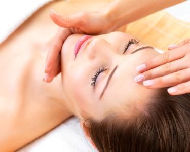Facial Spa - Esfoliação & Massagem