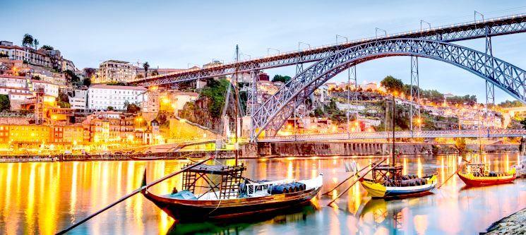 Noite de Amor no Douro + Cruzeiro das 6 Pontes   Hotel Amadeos
