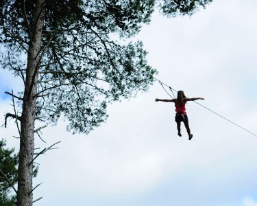 Aventure-se! Arborismo Pequena Floresta ou Mega Circuito | Adventure Park no Jamor
