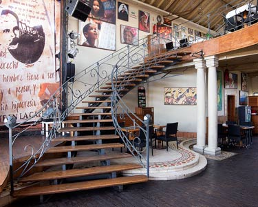 Almoço a Dois no Havana Club | Entradas, Prato, Bebida e Sobremesa - Doca Stº Amaro