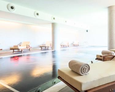 El Spa a Dois: Circuito de Águas + Massagem c/ Bambus | Hotel Tryp Aeroporto - Lisboa