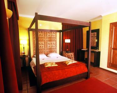 1 ou 2 Nts no Alentejo c/ Opção Jantar ou Visita a Falcoaria | Hotel Convento d´Alter 4*