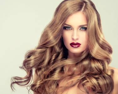 Instituto de Beleza | Madeixas, Ombré ou Coloração e Hidratação c/ Opção Corte | Alvalade