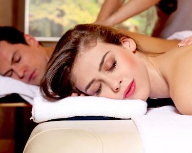 Sempre a Dois: Massagem c/ Óleos, Relax, Pedras ou Bambus | 1 Hora | Setúbal