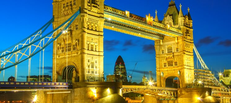 Desfrute de Londres   3 Noites + Passeio de Barco no Tamisa