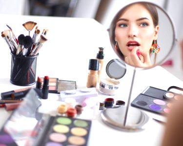 Workshop de Auto-Maquilhagem: Glamour em 4 Horas | Spa Estética Europa