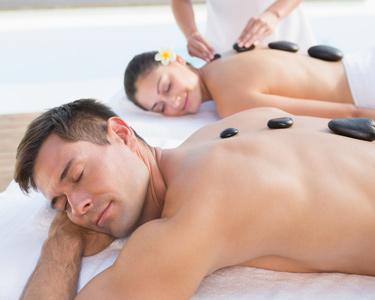 Massagem Pedras Quentes & Sauna: Terapia Spavenewe a Dois | Estoril ou Cascais