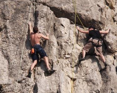 Aventura na Natureza c/ Escalada + Rappel + Rede Abordagem Aventuresca