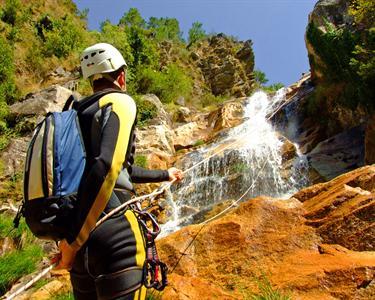 Canyoning & Exploração de Grutas