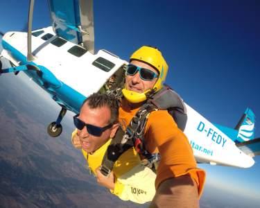 Salto Tandem em Évora a 3000m ou 4200m de Altitude | A Aventura de uma Vida!