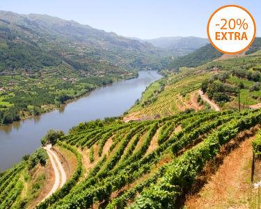Cruzeiro na Régua a Dois   50 Minutos   Programa Romântico pelas Águas do Douro!
