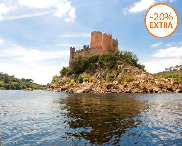Passeio de Barco no Tejo + Visita Guiada ao Castelo de Almourol   1h30   2 Pessoas