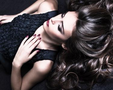 Fashion&Trendy Hair | Lavagem + Creme Amaciador + Corte + Brushing