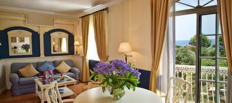 Suites Alba Resort 5* | 1 ou 2 Noites de Romance & Circuito de SPA