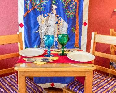 Jantar Completo À La Carte   2 Pessoas   Restaurante Os Tibetanos