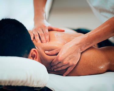 Massagem Relax, Desportiva ou Modeladora + Pressoterapia | 1 Hora | Oeiras