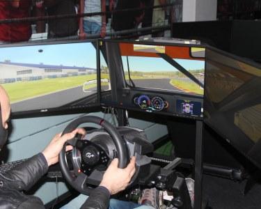 Experiência GT no Autódromo Virtual de Setúbal   1 ou 2h   Bata Todos os Recordes!