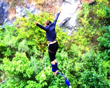 Salto Pendular para até 4 Pessoas   Adrenalina em Santa Maria da Feira