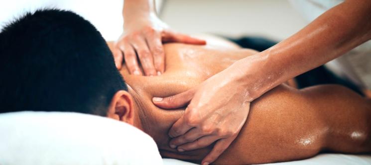 Massagem Relax, Desportiva ou Modeladora + Pressoterapia   1h   Oeiras ou Lisboa