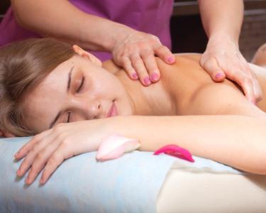 Relax Moment c/ Massagem Óleos Quentes & Opção Spa Facial | 40 Min. | Lisboa