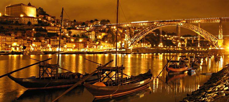 Cruzeiro Romântico das 6 Pontes & Visita C/ Prova às Caves Quevedo | Hotel Royal