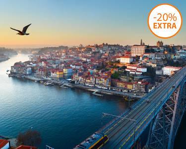 Cruzeiro das 6 Pontes do Douro c/ Opção Lanche   Experiência a Dois no Porto!