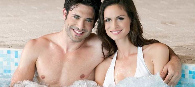 Banho Aromas Exóticos em Jacuzzi & Esfoliação Corporal a Dois 1h45 | Vila Galé Palácio dos Arcos