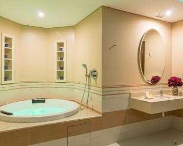 Banho Aromático em Jacuzzi & Esfoliação Corporal 1h45 | 1 Pessoa | Vila Galé Palácio dos Arcos