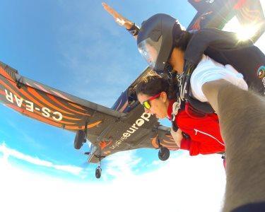 Salto Tandem a 3000m ou 4200m   Skydive Europe Évora - Adrenalina em Estado Puro!
