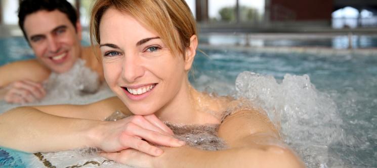 Talassoterapia em Piscina Água do Mar & Massagem a Dois   Costa de Caparica